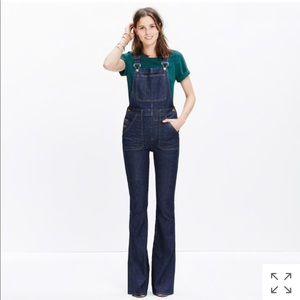 Madewell flea market flare overalls size 26